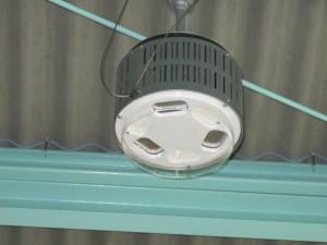 工事倉庫LED2